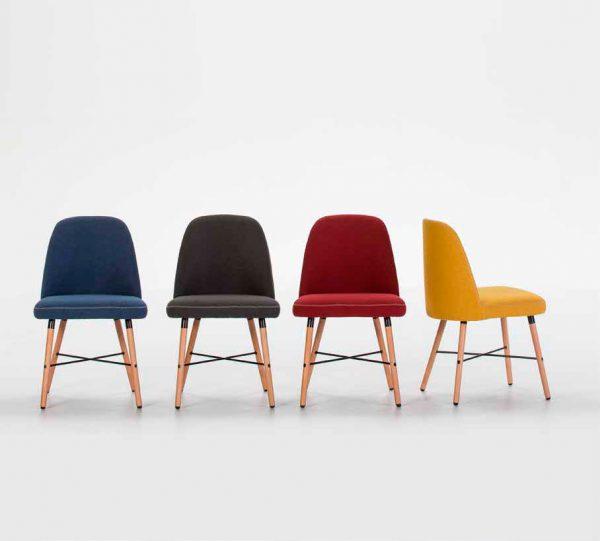 Imagen de varias sillas de la Serie Cancún